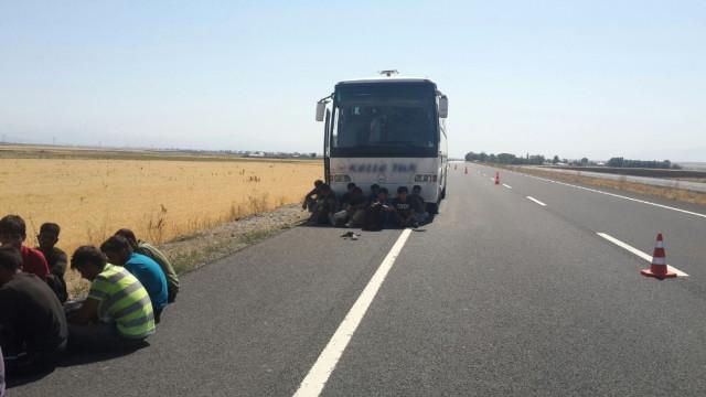 Yolcu Otobüsünde 150 Kaçak Yakalandı