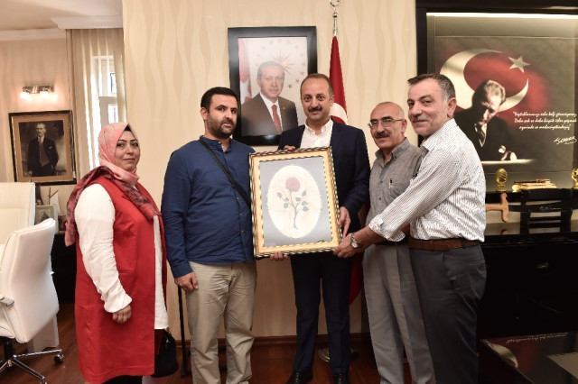 Dadaşlardan Başkan Akgül'e Ziyaret