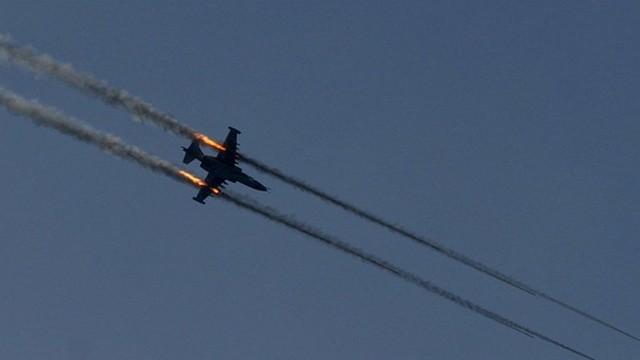 Irak ordusu Telafer'e hava bombardımanı başlattı