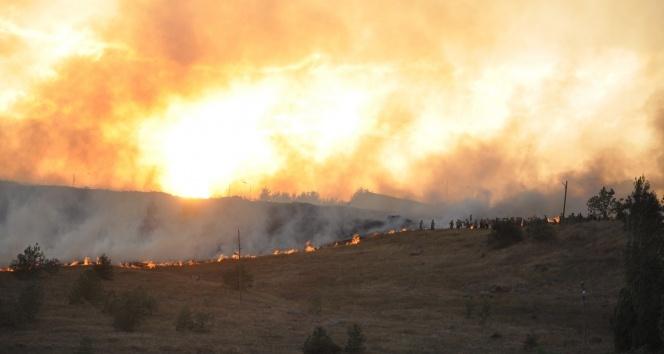 Kars'ta askeri bölgedeki yangın kontrol altına alındı