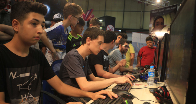 Dijital oyun fuarı GameX açıldı