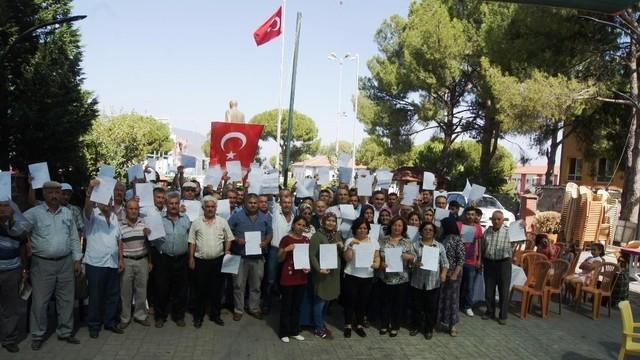 Aydın Bozdoğan'da MHP'den 70 kişi istifa etti