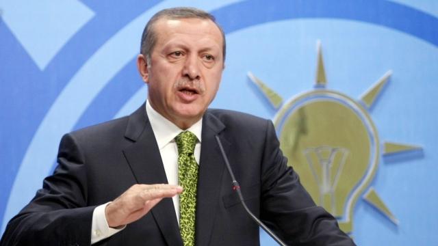 AK Parti'nin anketlerinde oy oranı yüzde 34'e düştü'
