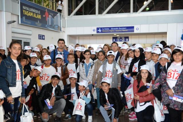 """Biz Anadoluyuz Projesi"""" Kapsamında Öğrenciler Bursa'ya Uğurlandı"""