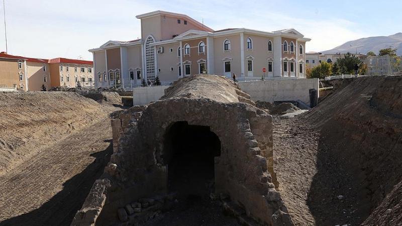 Tarihi Harput Kapı gün yüzüne çıkarıldı