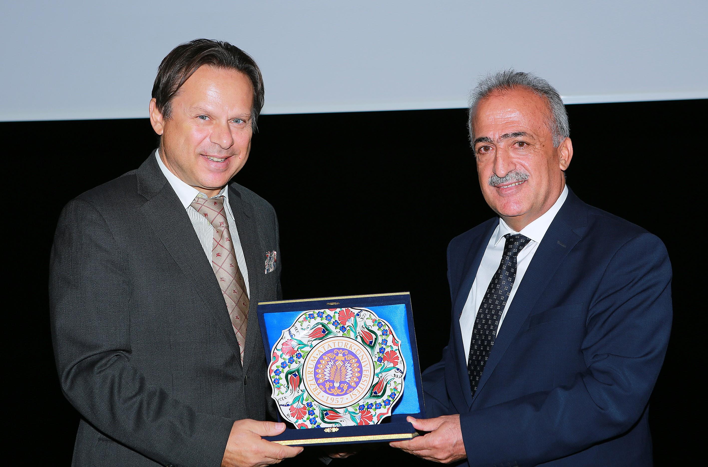 1. Uluslararası Katılımlı Öğrenci Kongresi Atatürk Üniversitesinde Gerçekleştirildi