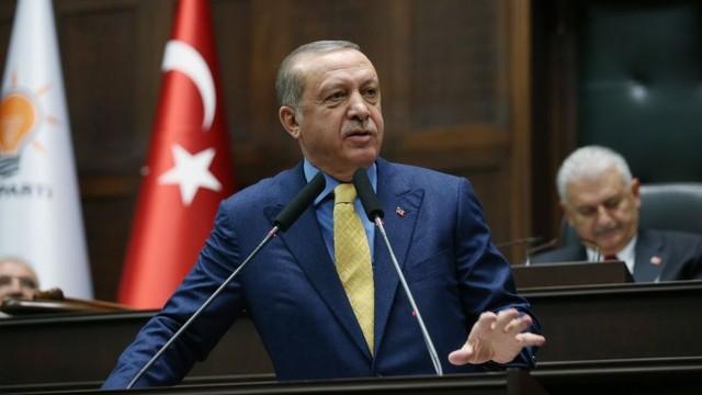 Erdoğan: Akıllı olanlar Türkiye'yi terk etti gitti