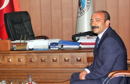 Eski Belediye Başkanına Önce Ceza Sonra Tahliye