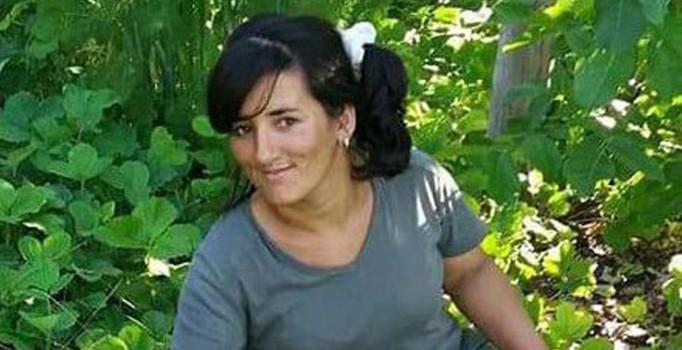 Mısır paketleme makinesine kollarını kaptıran kadın öldü