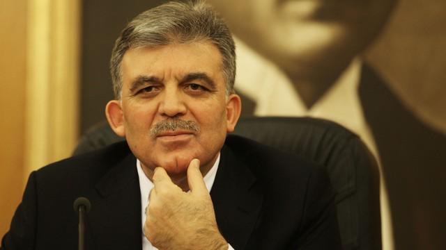 'Abdullah Gül aktif bekleyişe geçti'