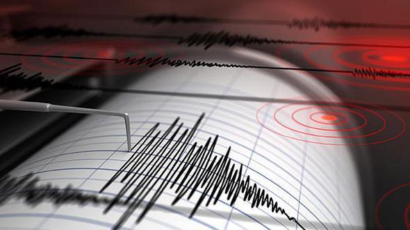 Gece yarısı korkutan deprem...