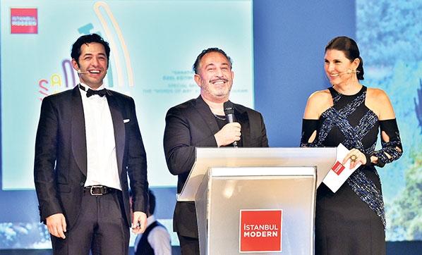 Gala Modern'de destek yarışı
