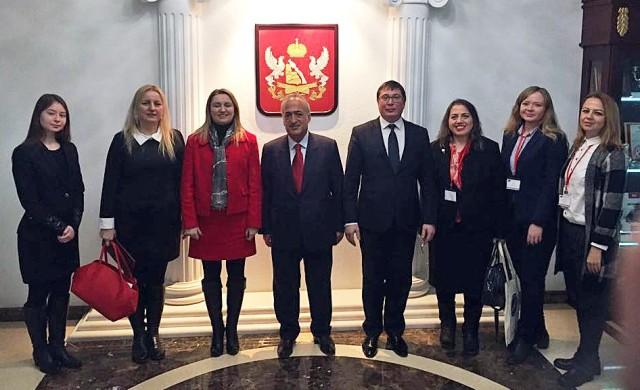 AÜ ve Voronej Devlet Üniversitesi arasında iş birliği anlaşması imzalandı