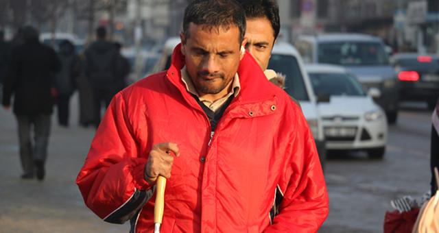 Erzurum'da görme engelliye dayak