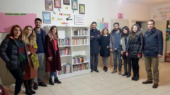 Çocuk Hakları Komisyonu'ndan köy okuluna kütüphane