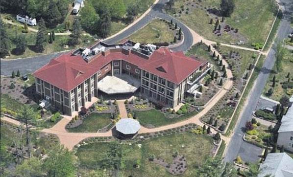 FETÖ elebaşı Gülen'in ABD'deki evi görüntülendi