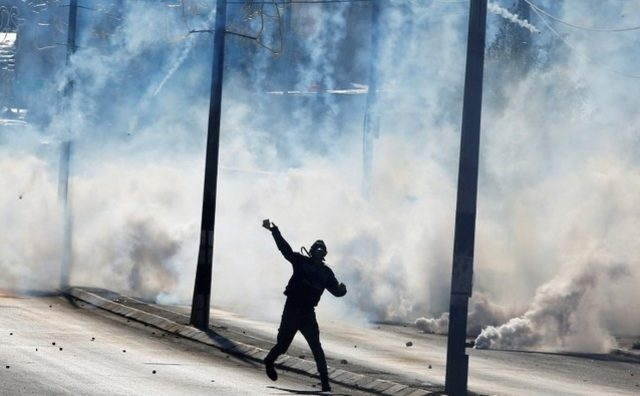 Kudüs karıştı, İsrail askerleri gerçek mermiyle