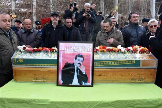 Halk Ozanı Ali Kızıltuğ, Toprağa Verildi