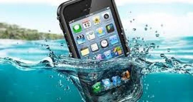Telefon suya düşünce neler yapmalı?