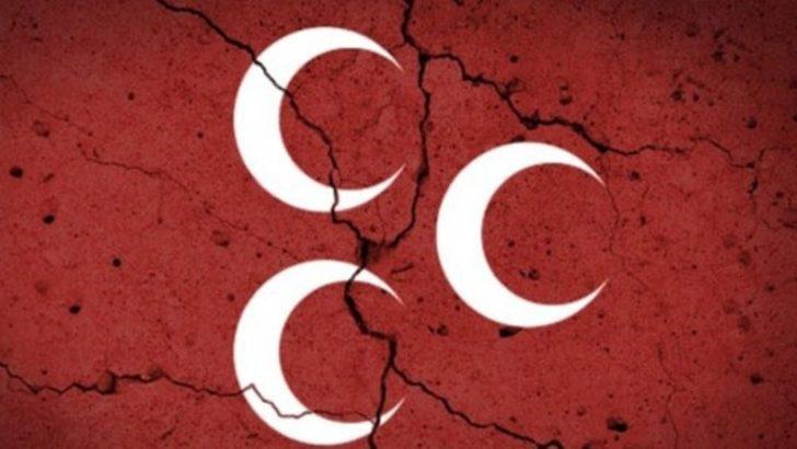 MHP'de Akşener depremi: 150 istifa
