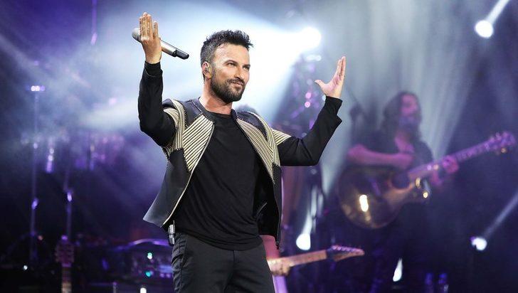 Tarkan'ın 'Beni Çok Sev' şarkısı 30 yıllık şarkıdan çalıntı iddiası!