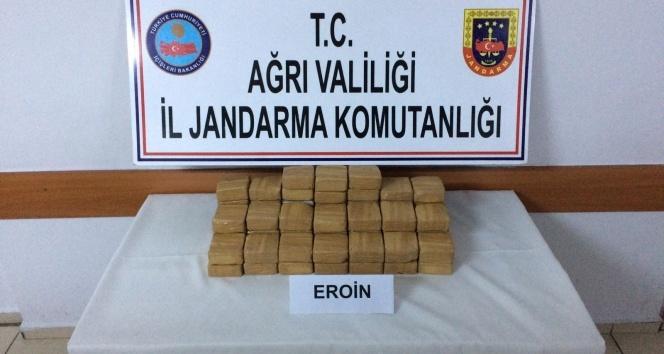 Ağrı'da 27 kilogram eroin ele geçirildi