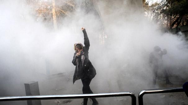 İran'da ölü sayısı artıyor, Trump'tan sert tepki