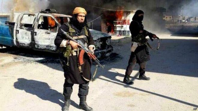 IŞİD'liden adliye çıkışında çirkin şov