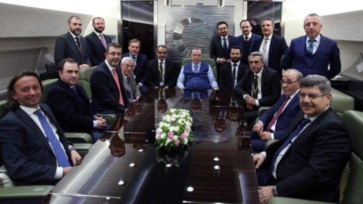 Cumhurbaşkanı Erdoğan'dan Fransa dönüşü sert mesajlar