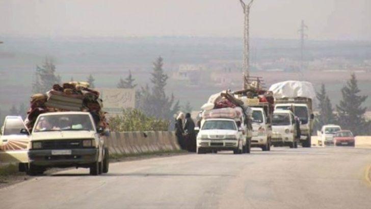 Türkiye'ye kaçış! Yüz binlerce Suriyeli yollara düştü