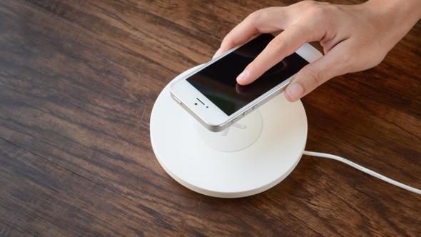 Apple'dan kablosuz şarj teknolojisi için önemli adım