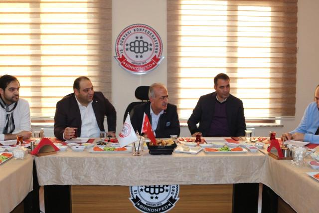 Rektör Çomaklı, Birkonfed Erzurum Temsilciliğini Ziyaret Etti