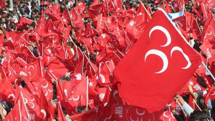 Ahmet Takan yazdı: MHP anketçileri tehdit ediyor...