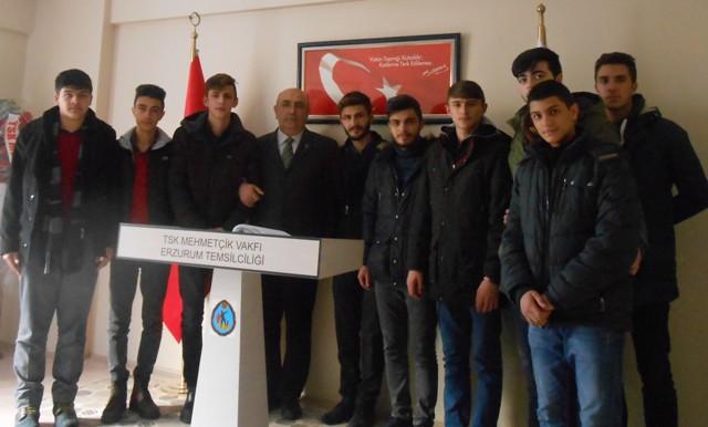 Erzurum Lisesi Öğrencilerinden Mehmetçik Vakfı'na ziyaret