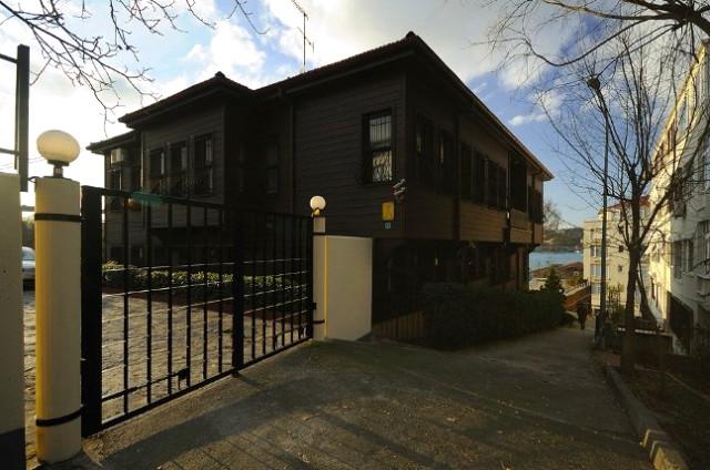 Sezen Aksu, Satın Aldığı Mehmet Akif Ersoy'un Evini Oturmadan Sattı