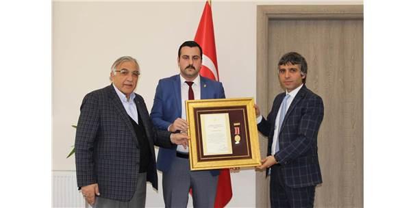 15 Temmuz Gazisi Akçay'a Devlet Övünç Madalyası ve Beratı Verildi