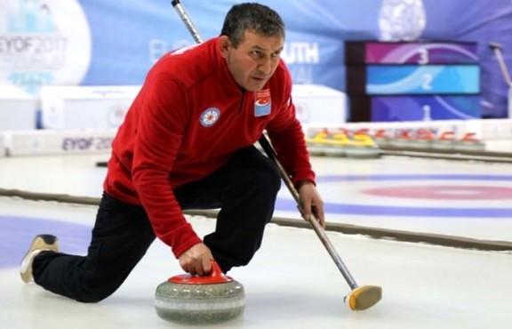 "Kaporta Ustasının ""Curling"" Tutkusu"