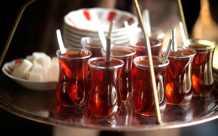 Sıcak çay, sigara büyük tehlike