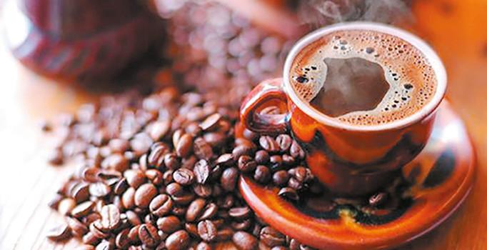 Kahvenin fazlası göbek yapıyor