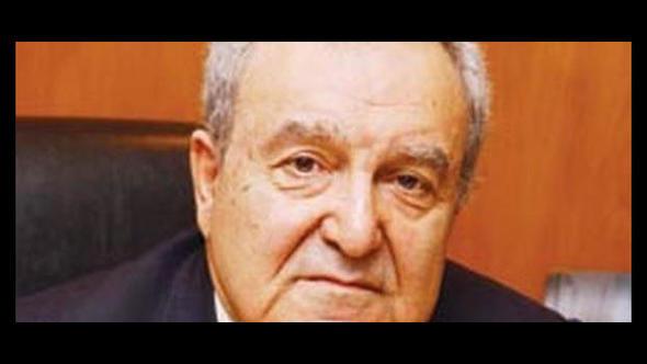 Efsane doktor 'Kolsuz Agop' hayatını kaybetti