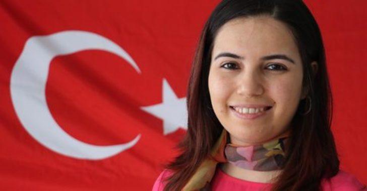 Dünyanın en iyi 10 öğretmeni arasına giren ilk Türk oldu!