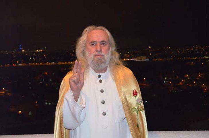 Zina tartışmasına 'Ben Mesihim' diyen Hasan Mezarcı da katıldı