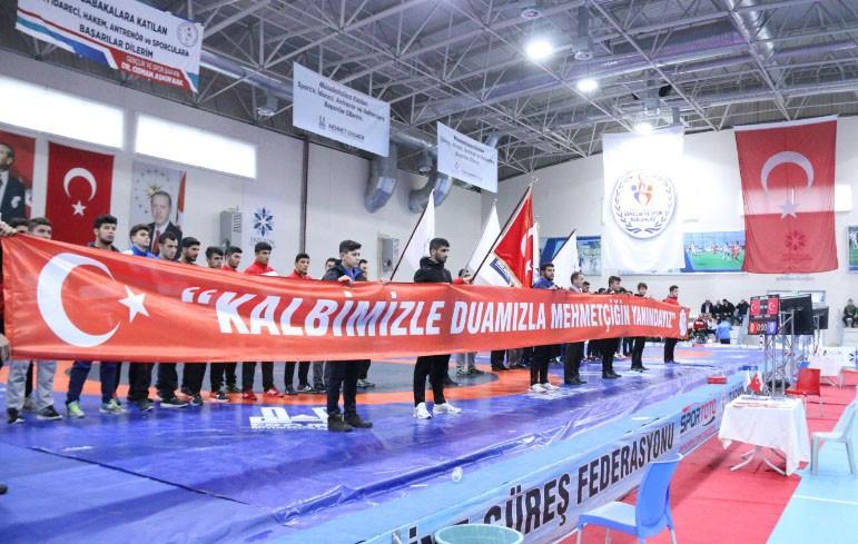 Erzurum'da güreş heyecanı