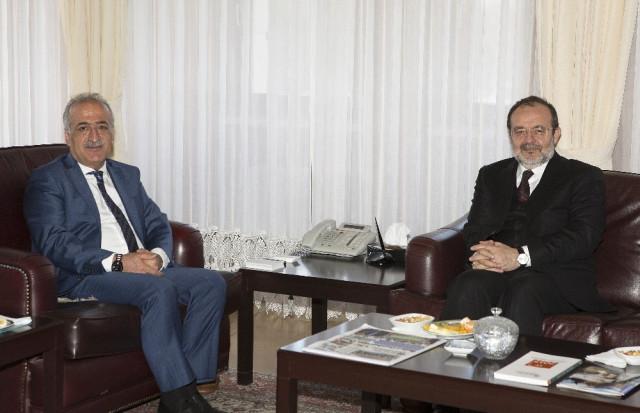 Prof. Dr. Mehmet Görmez Atatürk Üniversitesi Öğrencilerine Konferans Verdi