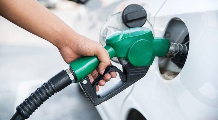 Benzine zam geldi! Benzin fiyatları ne kadar oldu?
