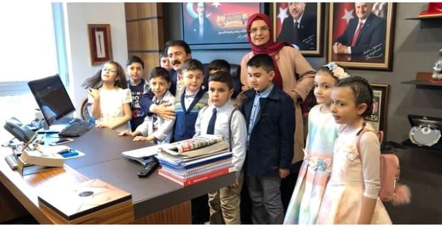 Aydemir TBMM'de Tatbikat İlköğretim Okulu Öğrencilerini Ağırladı