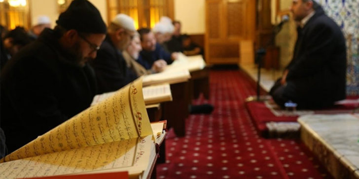 İlahiyatçı Günaydın, 'İmam hatiplileri deizme yönelten' 100 soruyu derledi
