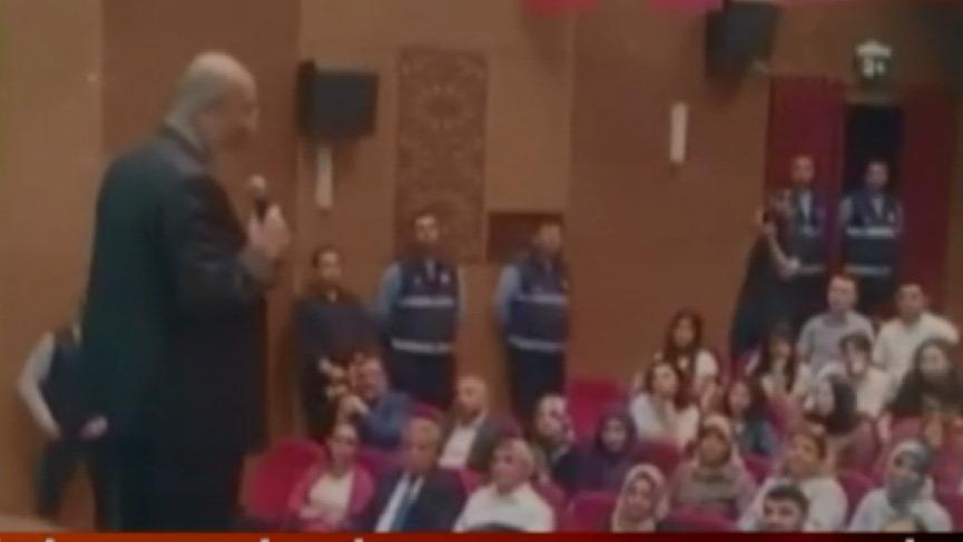 İstiklal Marşı ile ilgili sözleri salonu boşalttırdı