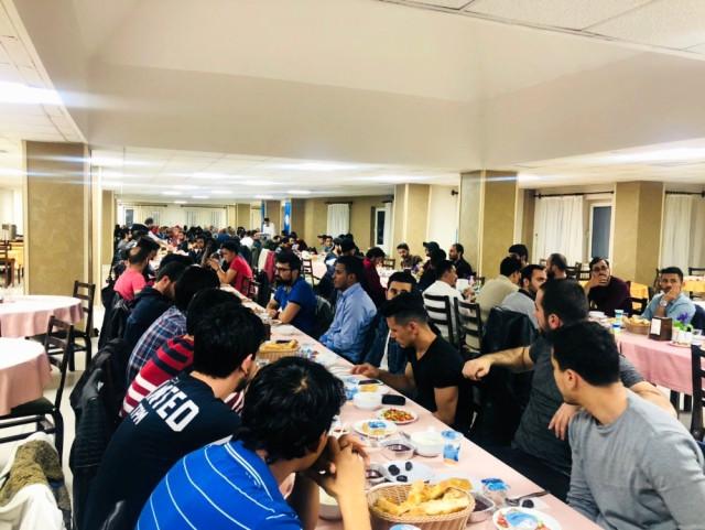 Yabancı öğrenciler İftar Sofrasında Bir Araya Geldiler