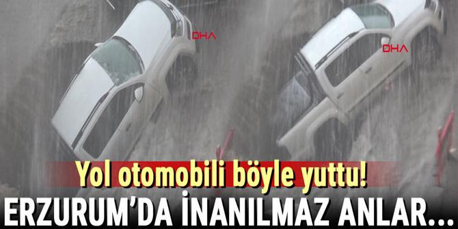 Erzurum'da sağanak! Göçük otomobili böyle yuttu…